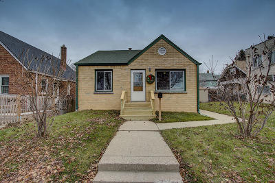 Milwaukee Single Family Home Active Contingent With Offer: 2784 S Fulton St