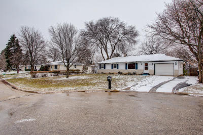 Waukesha County Single Family Home Active Contingent With Offer: W240n6474 Ash St