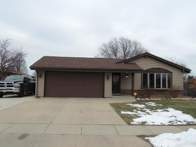 Kenosha County Single Family Home Active Contingent With Offer: 8059 61st Ave