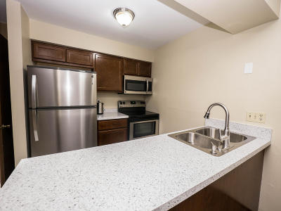 Greenfield Condo/Townhouse Active Contingent With Offer: 3975 S 84th St #4