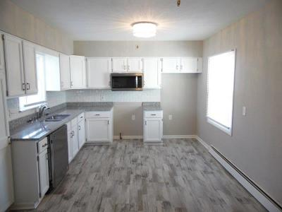 Milwaukee County Single Family Home For Sale: 4932 N 72nd