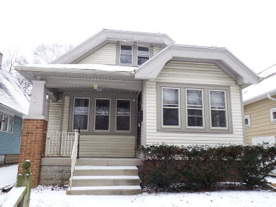 Milwaukee County Single Family Home For Sale: 2941 N 59th St