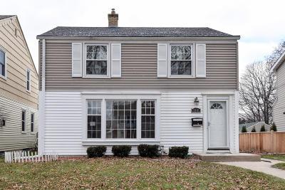 Milwaukee County Single Family Home For Sale: 5401 N Bay Ridge Ave