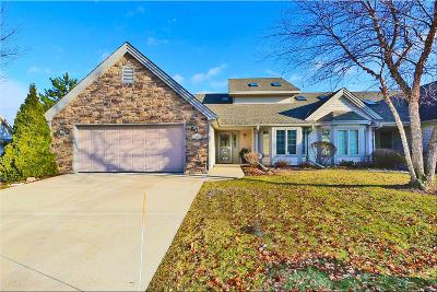 Racine County Condo/Townhouse For Sale: 443 Quail Point Dr