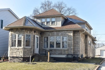 Milwaukee County Two Family Home For Sale: 4323 S Quincy Ave
