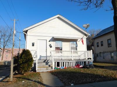 Milwaukee County Two Family Home For Sale: 616 W Maple St 616a