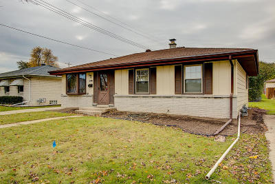 Milwaukee County Single Family Home For Sale: 3217 S 85th St