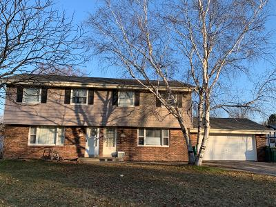Washington County Two Family Home For Sale: W156n11016 Catskill Ln