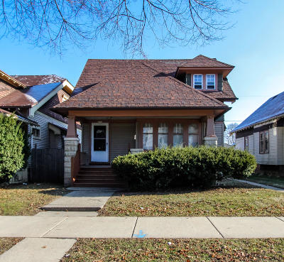 Milwaukee County Single Family Home For Sale: 2972 N 40th St