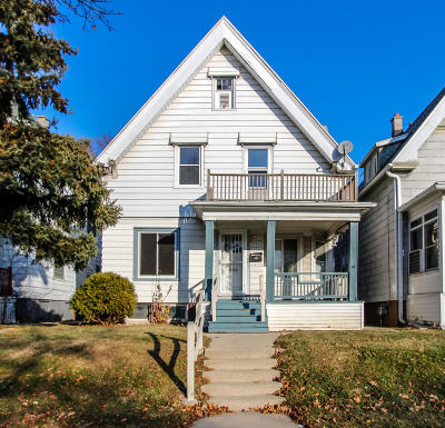 Milwaukee County Single Family Home For Sale: 3902 W Galena St