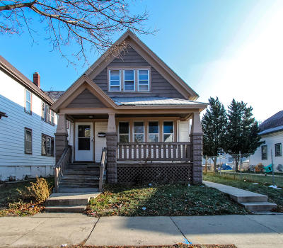 Milwaukee County Single Family Home For Sale: 2834 N 22nd St