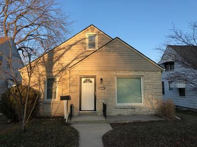 Milwaukee Single Family Home For Sale: 3330 W Ruskin St