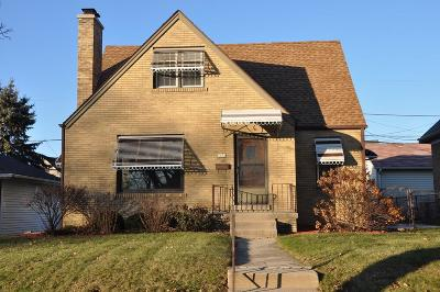 Cudahy WI Single Family Home For Sale: $189,500