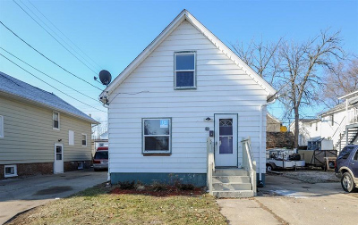 Kenosha Single Family Home For Sale: 6336 12th Ave