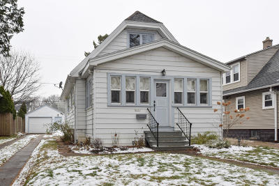 Milwaukee County Single Family Home For Sale: 2531 N 57th St