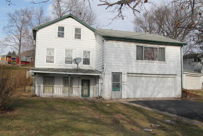 Racine County Single Family Home For Sale: 264 W State St