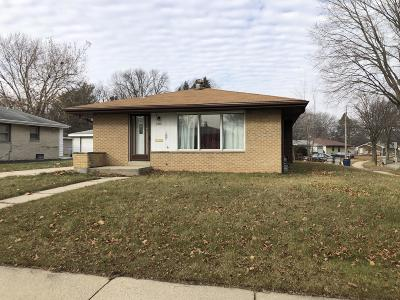 Milwaukee Single Family Home For Sale: 3804 W Vera Ave