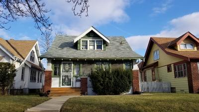 Milwaukee Single Family Home For Sale: 2930 N 38th St