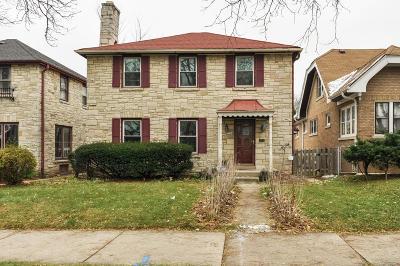 Milwaukee Single Family Home For Sale: 3124 N 51st St