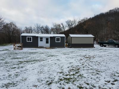 Vernon County Single Family Home For Sale: E2108 Golde Ln