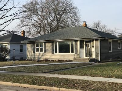 Kenosha Single Family Home Active Contingent With Offer: 2112 28th St