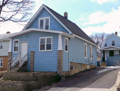 West Allis Two Family Home For Sale: 1539 S 63rd St #1541