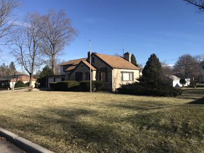 Milwaukee Single Family Home For Sale: 728 N 116th St