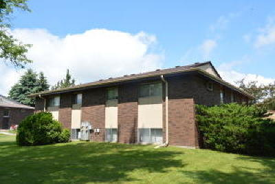 Racine County Multi Family Home For Sale: 4325 Edgar Ter
