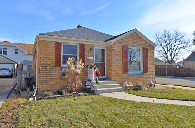 Racine County Single Family Home For Sale: 2701 Green St