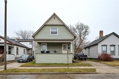 Racine Single Family Home Active Contingent With Offer: 1311 Center St