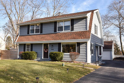 Mequon Single Family Home Active Contingent With Offer: 11444 N Buntrock Ave