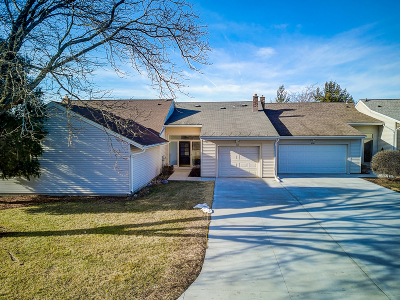 West Bend Condo/Townhouse Active Contingent With Offer: 626 Westridge Dr #B6