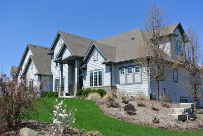 Pewaukee Single Family Home Active Contingent With Offer: N36w23460 Oak Hill Ln