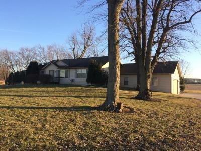 Elkhorn Single Family Home For Sale: W4229 Potter Rd