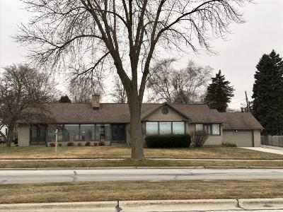 Sheboygan Single Family Home For Sale: 336 Clement Ave