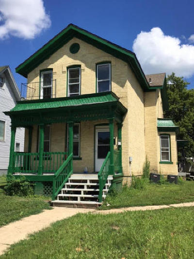 Watertown Multi Family Home For Sale: 305 S 2nd St