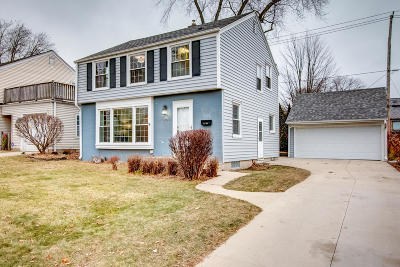 Whitefish Bay Single Family Home For Sale: 6200 N Santa Monica Blvd