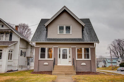 Hartford Single Family Home Active Contingent With Offer: 174 Grand Ave