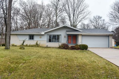 New Berlin Single Family Home For Sale: 14645 W Honey Ln