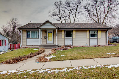 West Bend Single Family Home Active Contingent With Offer: 1348 N 11th Ave