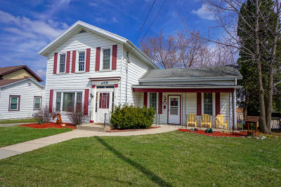 Watertown Single Family Home For Sale: 205 N Church St
