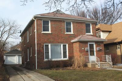 Milwaukee WI Two Family Home Active Contingent With Offer: $129,900