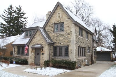 Wauwatosa Single Family Home Active Contingent With Offer: 6501 Washington Cir