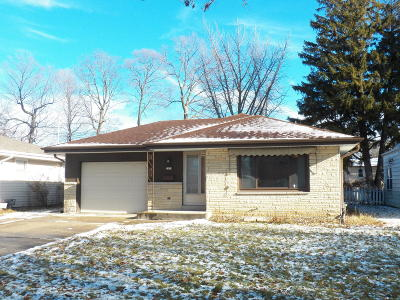 West Allis Single Family Home Active Contingent With Offer: 2424 S 81st St