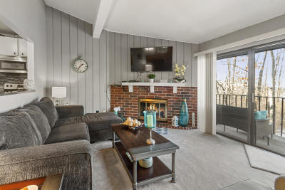 Lake Geneva Condo/Townhouse Active Contingent With Offer: 93 Red Chimney Rd #93-06