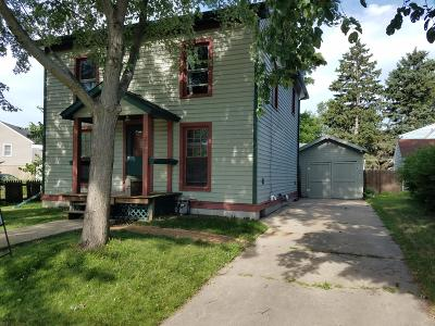 Delavan WI Single Family Home For Sale: $129,900