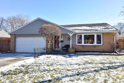 West Allis Single Family Home Active Contingent With Offer: 8133 W Raymond Ln