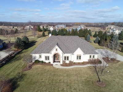 Single Family Home For Sale: N2317 Forest Run