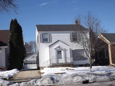 Racine Single Family Home For Sale: 818 Lathrop Ave
