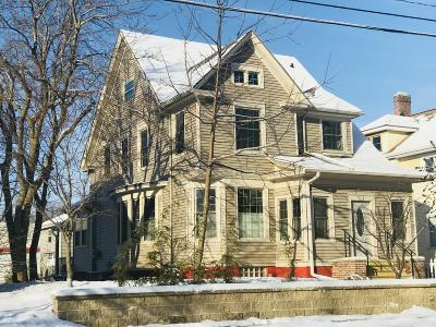 Sheboygan Single Family Home Active Contingent With Offer: 1814 N 7th St